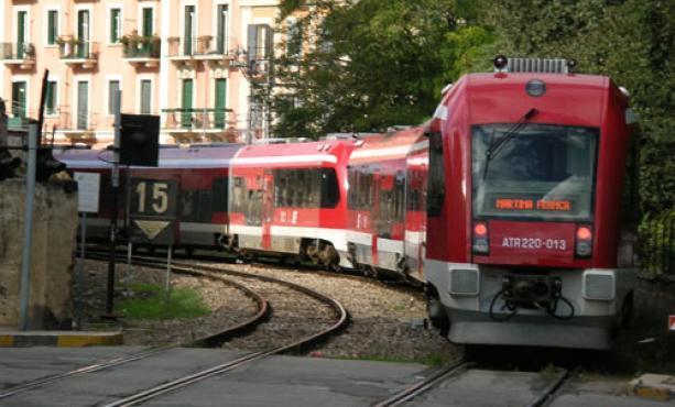 Treno Atr 200 Ferrovie Sud Est